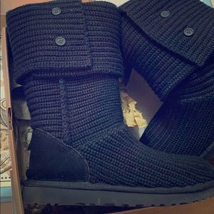 UGG Women's Classic Cardy Black Boot Size 11